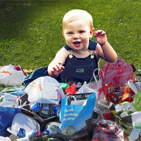 Voorbeelden afval verminderen afvalberg vervuiling troep vuilnisbak baby De Duurzame Kaart