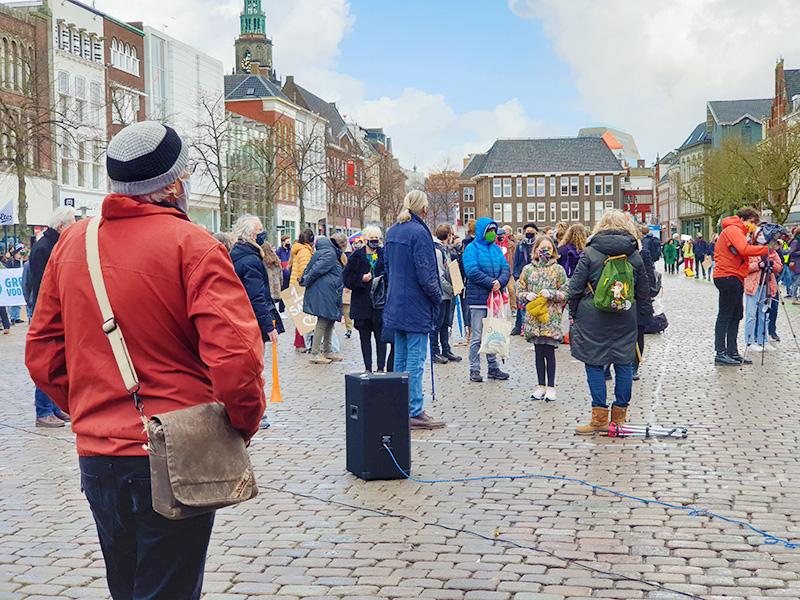 Klimaatalarm vismarkt Groningen demonstranten betogers De Duurzame Kaart