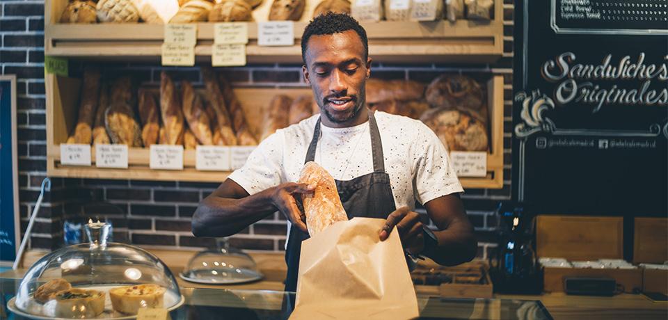 Bakker bakkerij brood papieren zak